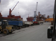 Porto de Paranaguá. Foto: LIMA, 2007.